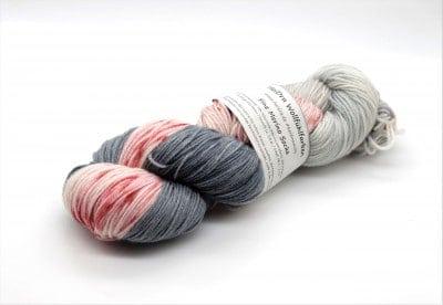 Fine Merino Socks 100 Strawberrywall